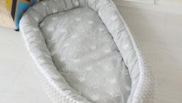 Кокон для ребенка (гнездышко, бебинест) Grey with Crowns
