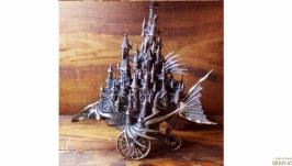 Інтер′єрна скульптура ′Riding Castle′