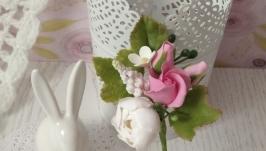 Шпилька з квітами