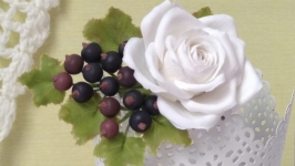 Заколка-крокодил Біла троянда і смородина