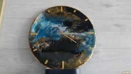 Часы ′Моя планета′ в технике ResinArt