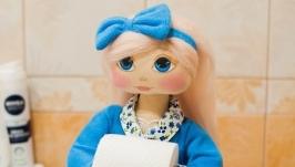 Интерьерная кукла для ванной и туалета.