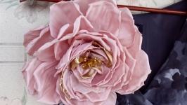 Большая брошь-цветок