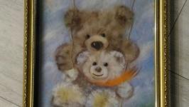 Картина из шерсти ′ Веселые качели′