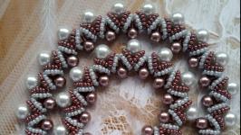 Колье, ожерелье, бусы из бисера ручной работы