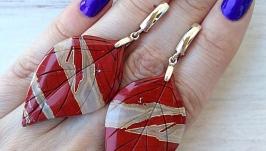Серебряные серьги с красной яшмой .