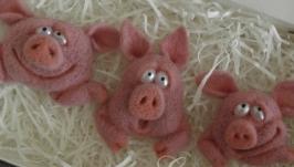 Брошь Свинки′Эмоции′