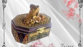 Шкатулка для бижутерии Золотая туфелька