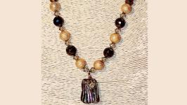 Ожерелье с кулоном из пирита