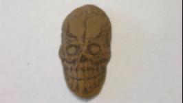 Брелок ′Говорящий череп′ из натуральной кожи