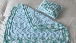 Плюшевый комплект мятный из пледа и подушки для малыша