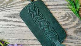 Ключница зеленый кельтский узел