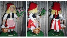 Кукла сувенирная ′Красная шапочка′