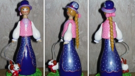 Кукла сувенирная ′Дама с собачкой′ ( большая)