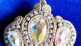 Сутажная брошь ′Золотая Корона′