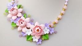 Колье и серьги с персиковыми розами
