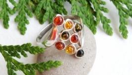 Кольцо серебряное с янтарём Ромбик