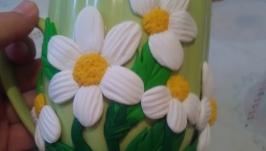 Кружечка с декором из полимерный глины ′Ромашки′