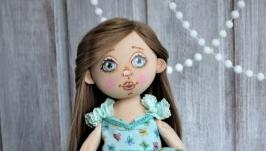 Куколка коллекционная в мятных тонах