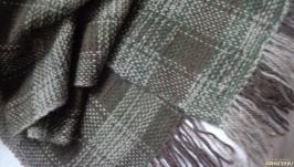 Домотканый шерстяной шарф в клетку