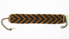 Браслет ручной работы ′Тигра полосатая′ из бисера