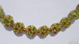 Колье из шариков