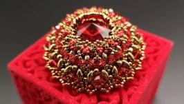 Брошь ′Красная Королева′