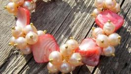 ′Коралловая дымка′ женский браслет с перламутром и жемчугом