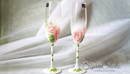 тут изображено Бокалы на свадьбу Bohemia ′Bridal Bubbles′ декупаж.