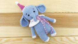 Вязаный слоник, мини игрушка