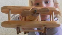 Самолет деревянный