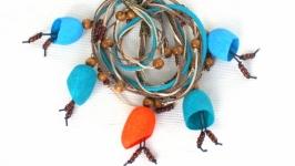 Ожерелье из коконов шелкопряда ′Оранжевая капля′