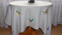 Скатерть вышитая ′Бабочки′