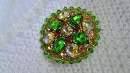 Брошь круглая ′Нежная зелень′