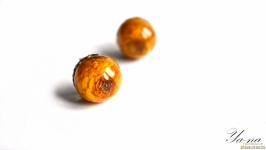 Серьги-гвоздики из ювелирной смолы ′Желтый бутон′