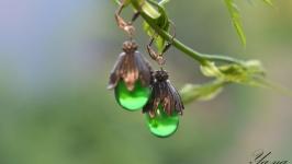 Серьги из чешского стекла ′Зеленая Груша′