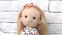 Текстильная, интерьерная куколка Злата.