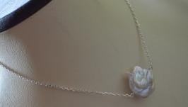 Серебряный чокер - цепочка с натуральной барочной жемчужиной ′Белый пион