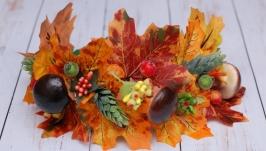 Осенний обруч ободок с листьями и грибами