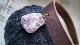 Кожаный чокер с натуральным камнем Аметист