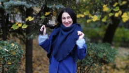 Стильная косынка-шаль МАРА шерстяной пряжи