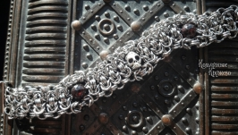 браслет стальной с черепом