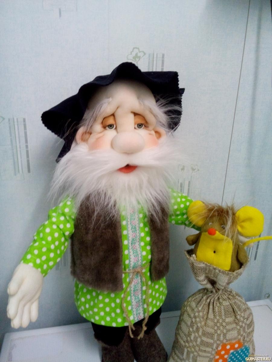 тут изображено Интерьерная кукла Домовой