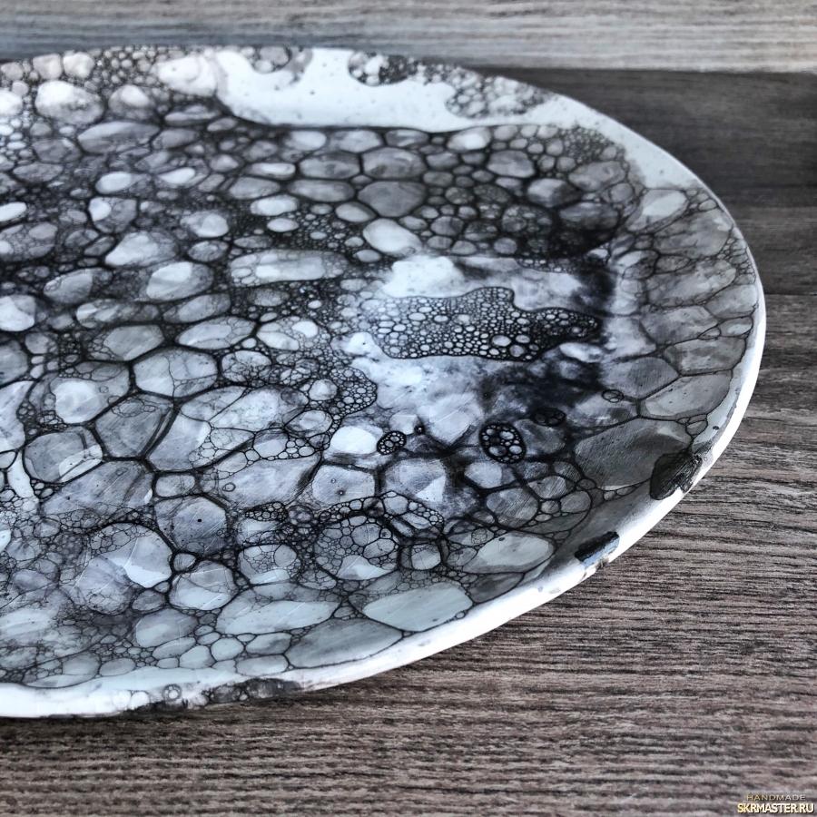 тут изображено Лунное блюдо