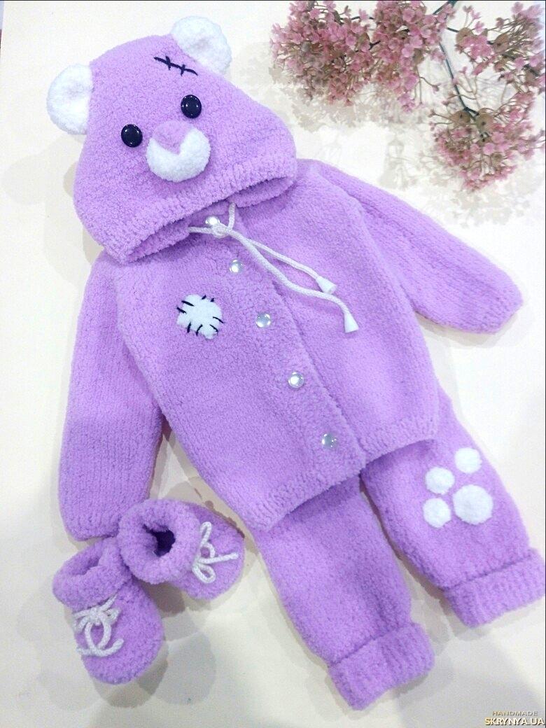тут изображено  Комплект для новонародженоно, ведмедик Тедді (кофта, штанці, пінетки)