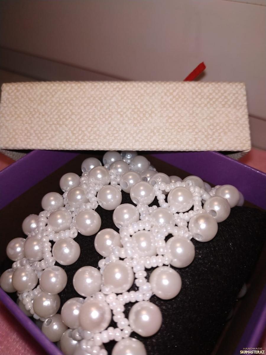 тут изображено Ожерелье′Леди ′