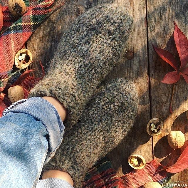 тут изображено Шкарпетки з вовни