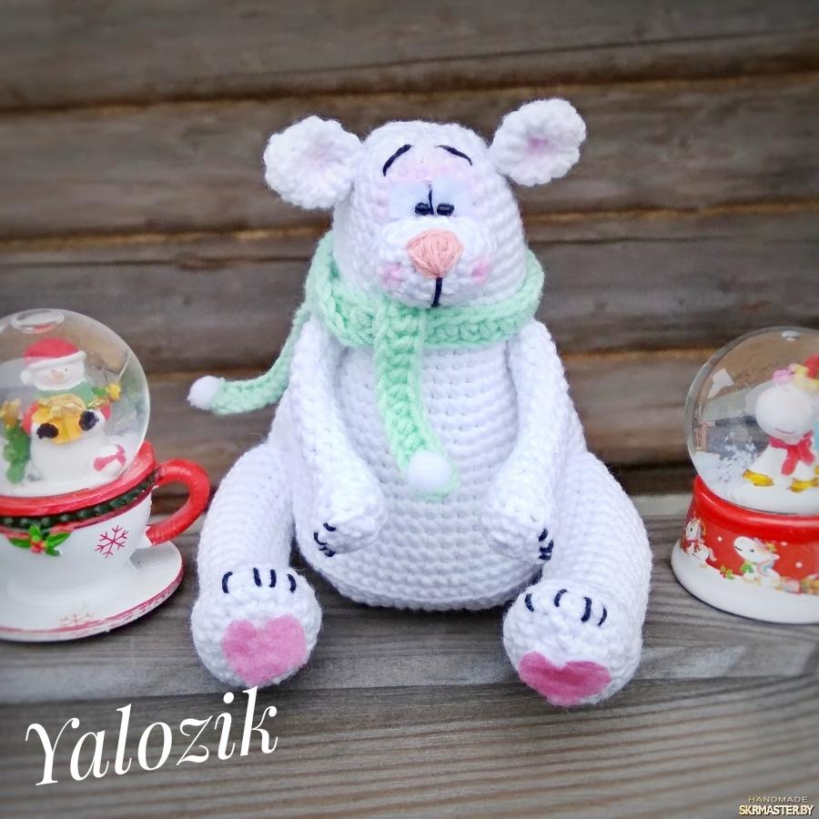 тут изображено Белый Мишка