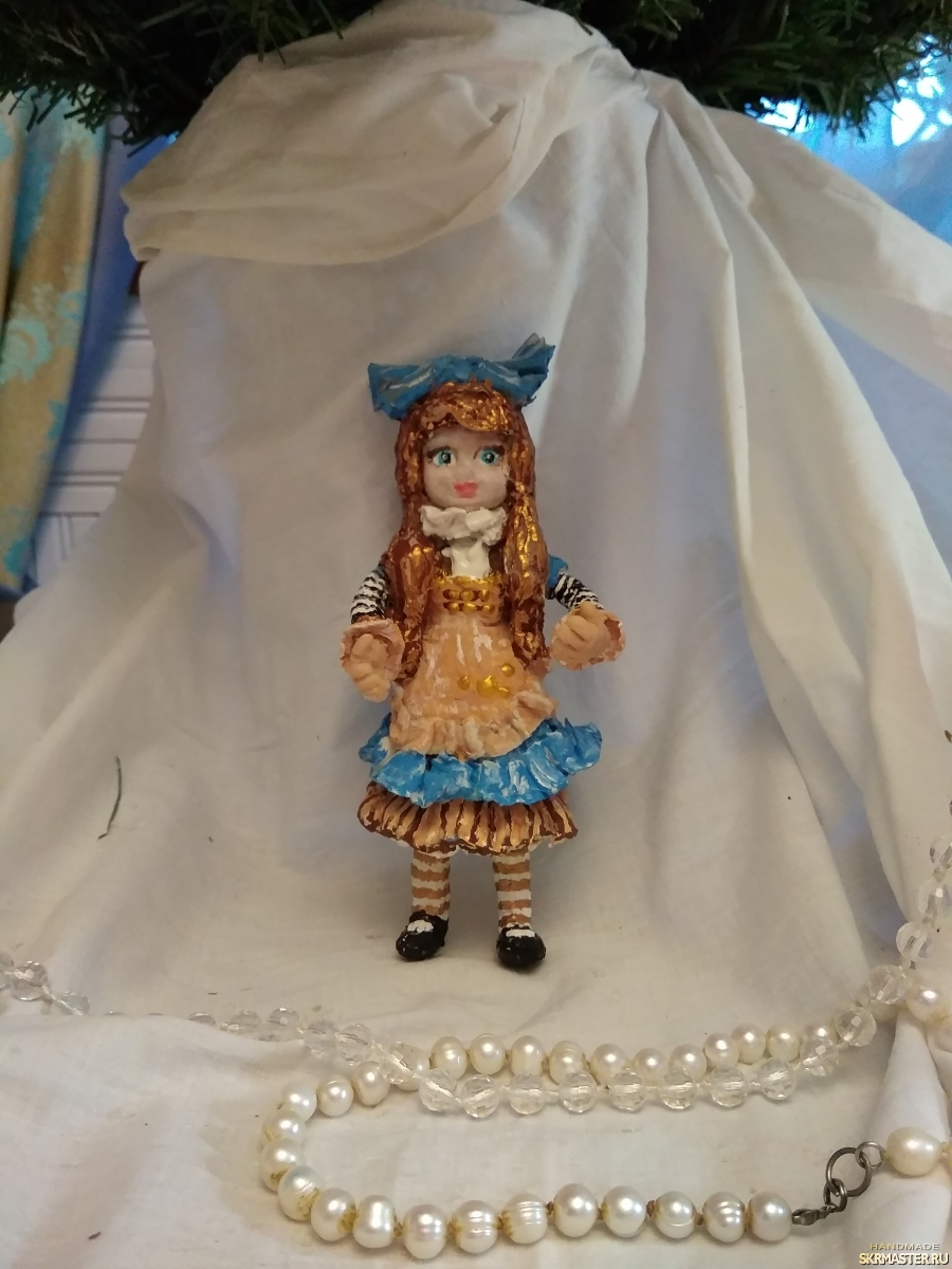 тут изображено  Куколка Пулип