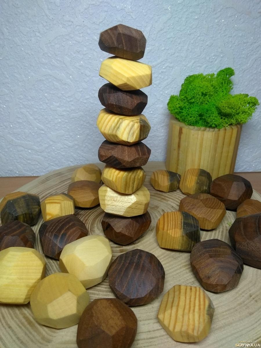 тут изображено Эко-игра из дерева